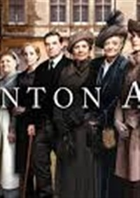 2018342 Downton Abbey exhibit in NY with meal