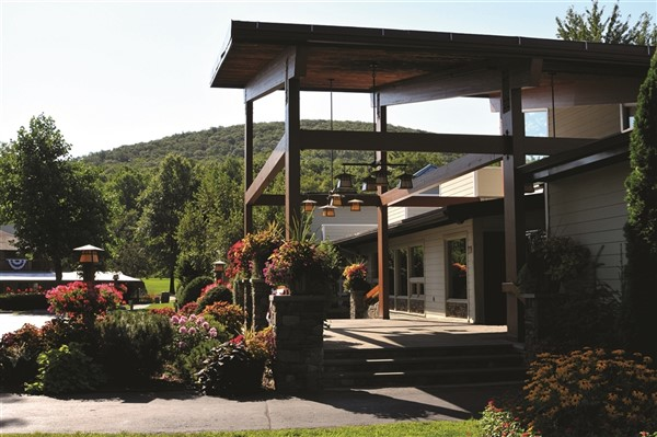 2020295 Rocking Horse Ranch in the Hudson Valley