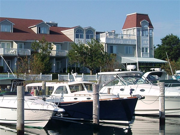 2018153 A Hamptons Getaway in Sag Harbor NY