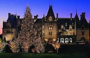 2021199   A Biltmore Christmas in Ashville N.C.