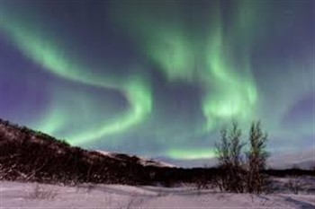 2022004 Iceland's Magical Northern Lights