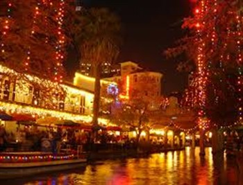 2021007 San Antonio Christmas on the Riverwalk