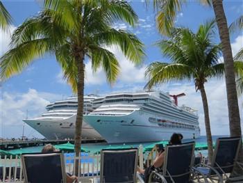 2022063 7- Day Bahamas Cruise over New Years